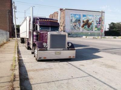 BG1527 Amerykańska ciężarówka