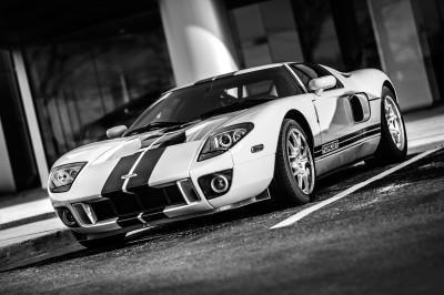 Sportowy samochód Ford GT