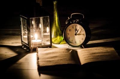 Czytanie przy świeczce