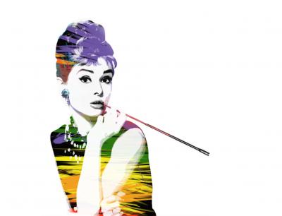 Audrey Hepburn z cygaretką