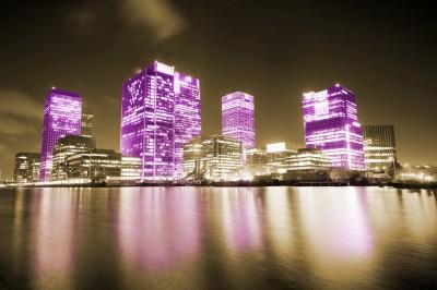 BG661 Fioletowe wieżowce w Anglii - Londyn
