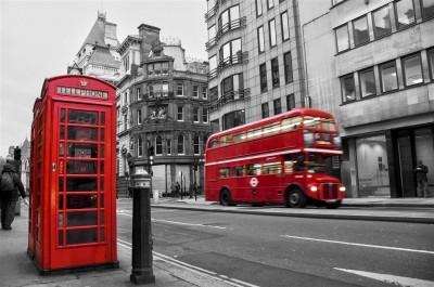Czerwony londyński autobus