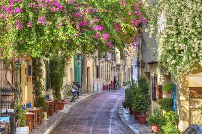 Uliczka w dzielnicy Plaka. Grecja, Ateny