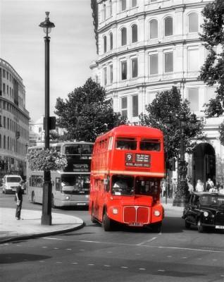 Czerwony angielski autobus