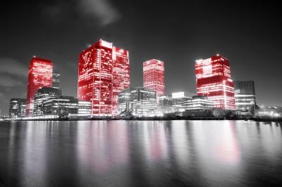 Czerwone londyńskie wieżowce