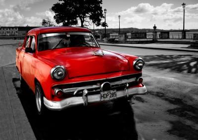 Czerwone kubańskie auto