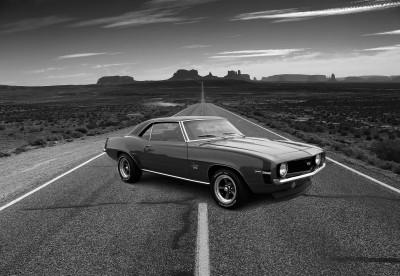 Czarno-białe zdjęcie Chevroleta SS