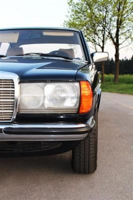 Klasyczny Mercedes