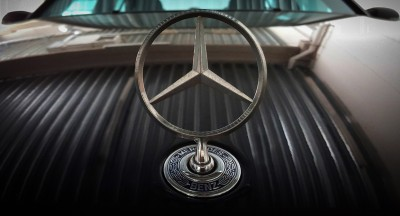 Znaczek Mercedesa