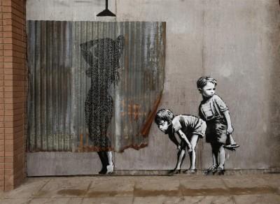 Banksy Dziewczyna pod prysznicem