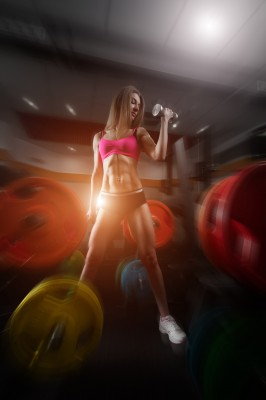 Dziewczyna w siłowni