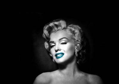 Marilyn Monroe z turkusową szminką