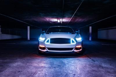 Świetlisty Mustang