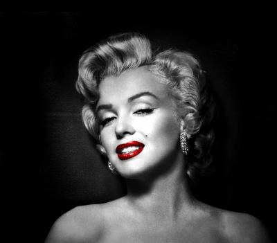 BG585_Marilyn_Monroe_z_pieprzykiem