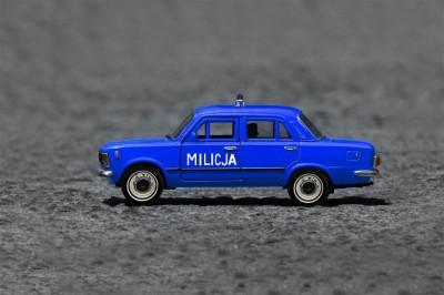 Duży Fiat Milicja Fiacior