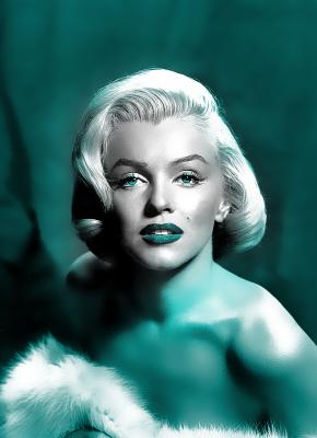 BG704 Marilyn Monroe z boa