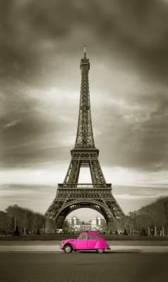 Różowy Citroen w Paryżu